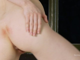 Peachy beauty is giving her horny slit an intense satisfying