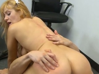 Schoolgirl gets a stormy hardcore fuck from her teacher