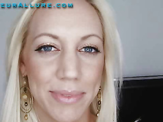 Kacey is a gorgeous twenty one year old golden-haired and that babe is returned for her second visit to Amateur Allure. This time I am gonna give her the full facial experience. As that babe is bobbing my knob that babe tells me this will be her first cum facial. After fucking her constricted little shaved wet crack for a whilst I dumped a huge load encompassing over her pretty face then scoop it off and feed it to her.