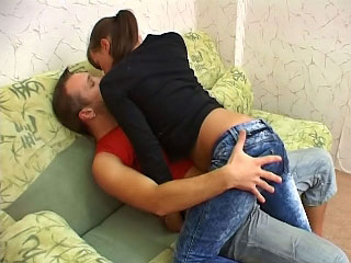 One lucky guy shagging amateur babe at his apartment