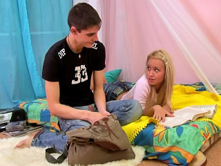 Beautiful blonde teen getting gaped fixed by big flannel