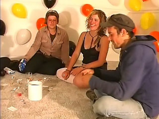 Gorgeous girls with an increment of guys have amateur funny party