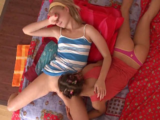 Two hot rich brighten titted lesbian teens kissing as a last resort other